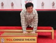 Másodszor hagyta kéz- és lábnyomit Hollywoodban Jackie Chan