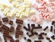 A gyermekek álma: csokiból készített legót egy japán művész