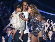 Családjával együtt vette át az életműdíjat Beyoncé