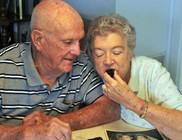 60 éve ugyanúgy ünnepli házassági évfordulójukat az idős pár