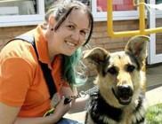Vakvezető kutyája miatt dobtak ki egy nőt egy üzletből