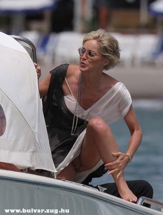 Sharon Stone bugyit villant