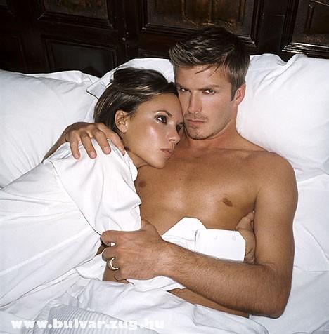 Victoria és David Beckham az ágyban