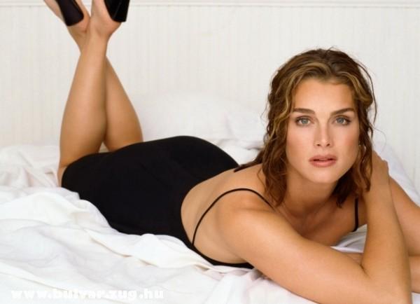 Brooke Shields 40 felett is szexis