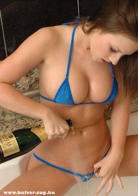 Egy kis pezsgõ a bugyimba is