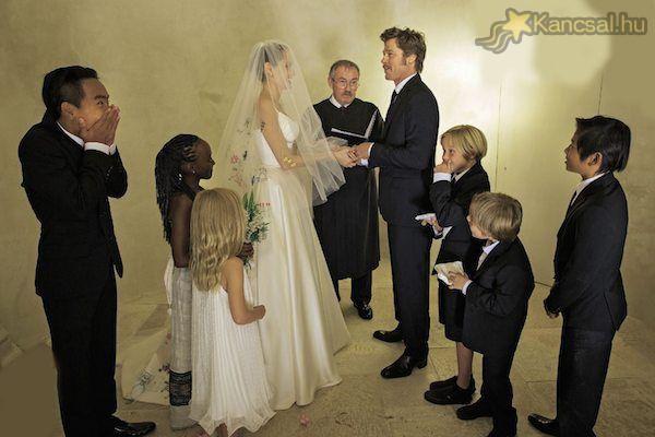 Angelina Jolie és Brad Pitt esküvője