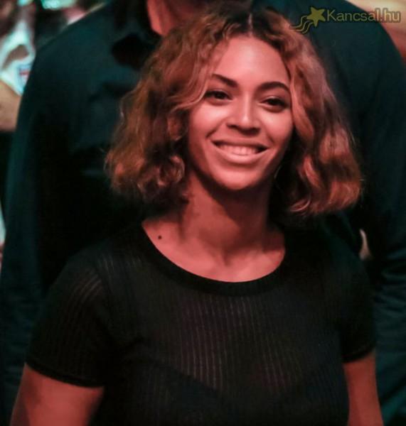 Beyoncé rövidebb frizurára váltott