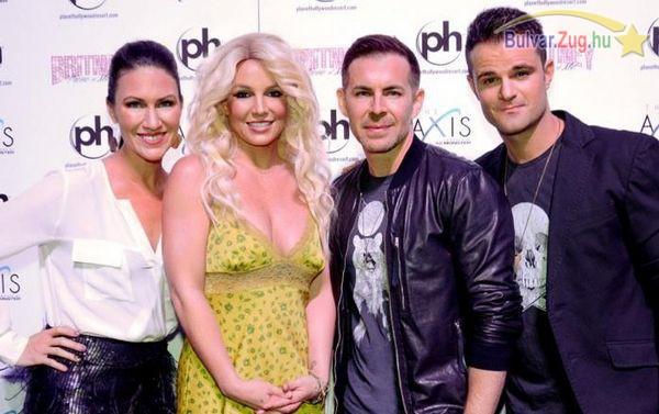 Furcsán megváltozott Britney Spears arca