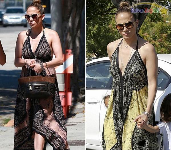 Jennifer Lopez több színt is tart egy ruhából