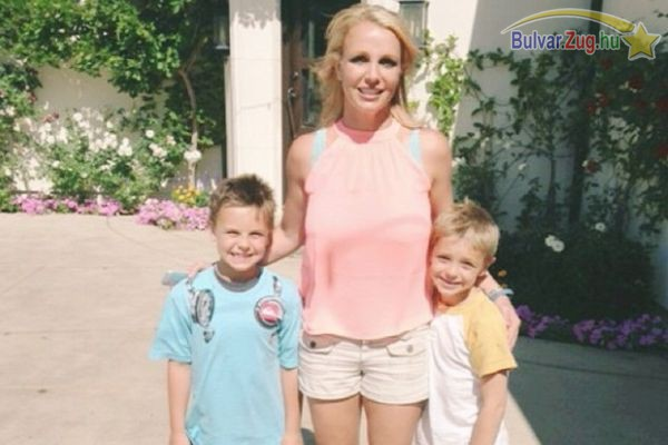 Nem is hasonlít önmagára a fényképen Britney Spears