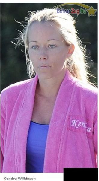 Kendra Wilkinson vállalja smink nélküli arcát is