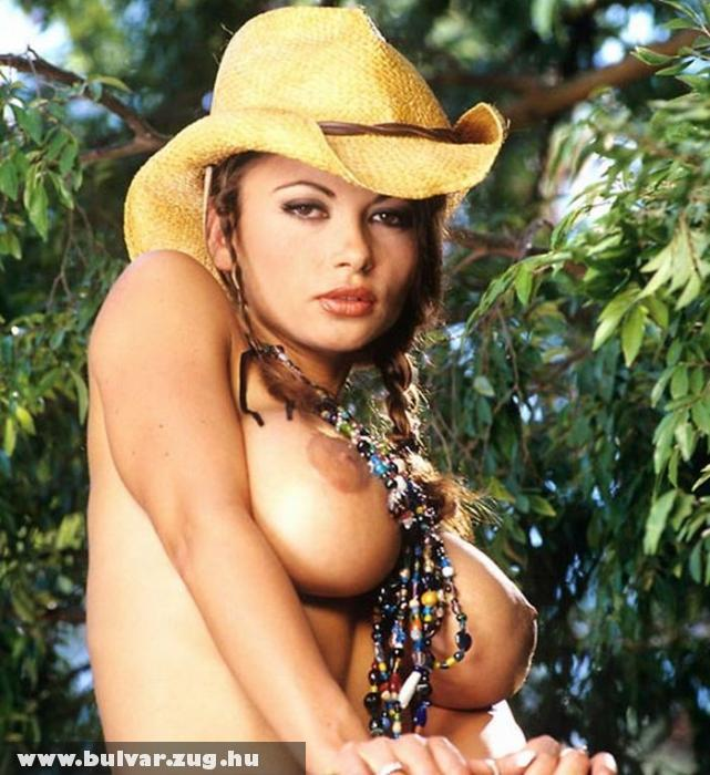 Veronica a cowgirl