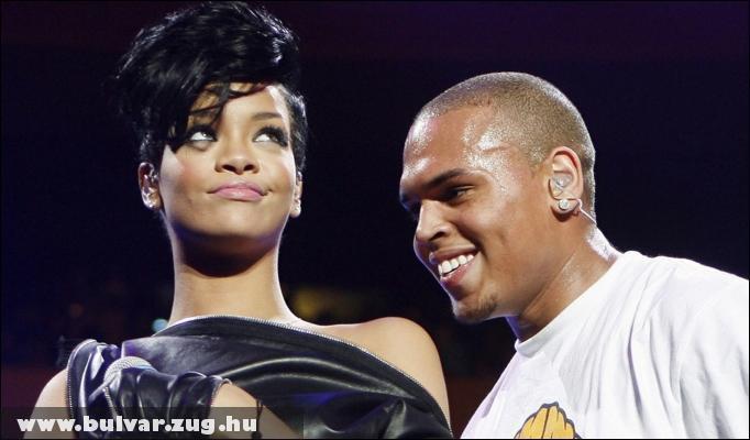 Rihanna szereti ha kikötözik szex közben