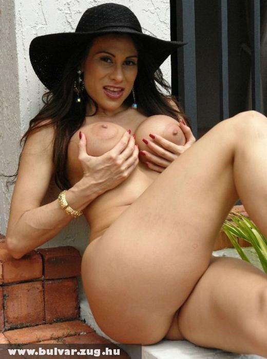 Sheila kalapban