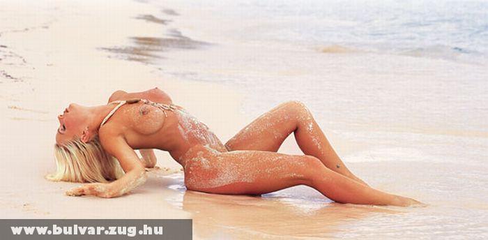 Jodie a homokban