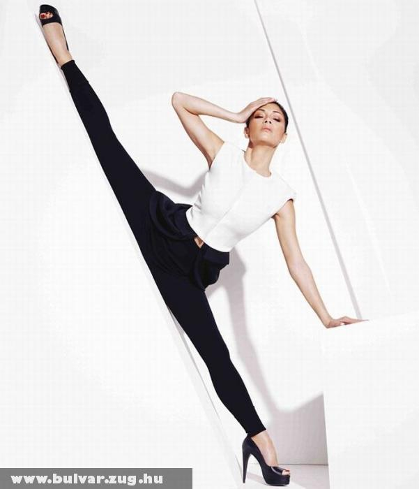 Nicole Scherzinger spárgázik