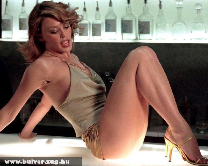 Kylie Minogue a bárpulton