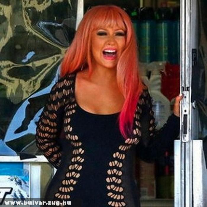 Christina Aguilera új frizurája