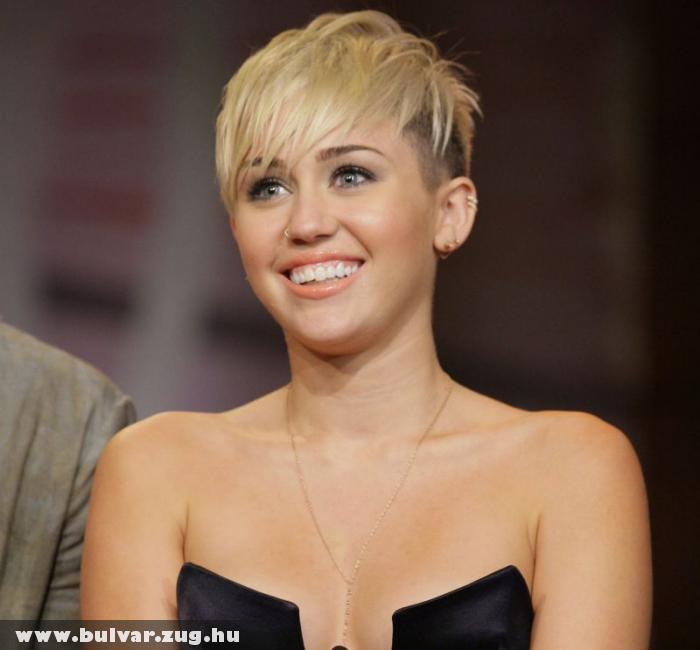 Vége Miley Cyrus románcának