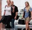 Britney melltartó nélkül! - enyhén lógnak a cicik