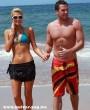 Paris Hilton és a pasija a tengerparton