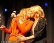 Csók csattant Sharon Stone és Kate Moss között