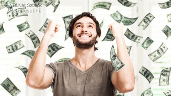 Véletlennek köszönheti a duplán nyert millióit a szerencsés férfi