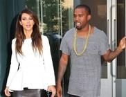 Kislányt vár Kim Kardashian