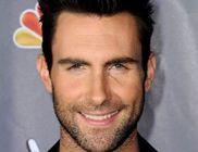 Igazán érdekes és nagyvonalú gesztust tett a Maroon 5 énekese