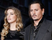 Hivatalosan is szingli lett Johnny Depp